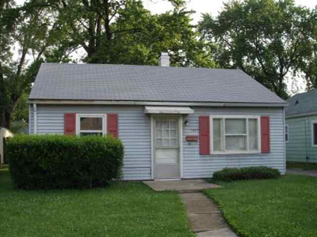 1427 Oak Court Lafayette, IN 47909